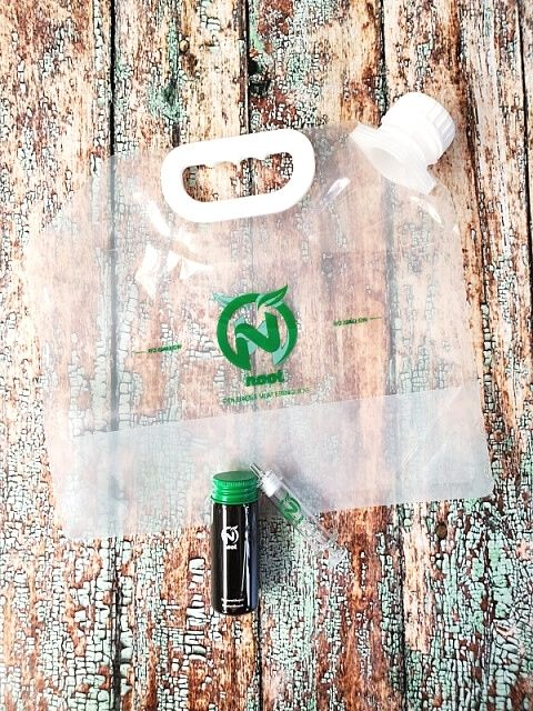 Noot foldable bag and tube